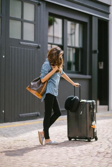 lady traveling